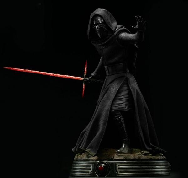 Star Wars Episode VII Premium Format Figur Kylo Ren 50 cm
