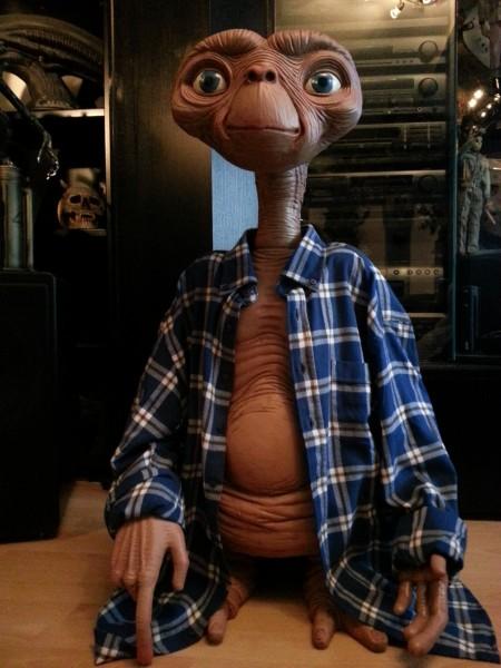 E.T. Der Außerirdische Replik E.T. Stunt-Puppe 91 cm mit Hemd
