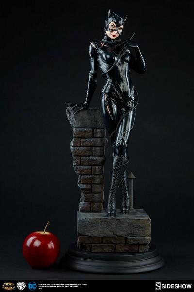 CATWOMAN - Batmans Rückkehr Michelle Pfeiffer 1/4 Premium Format Figur Sideshow