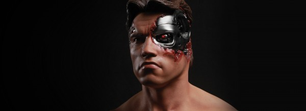 Terminator Battle Damaged T-800 1/2