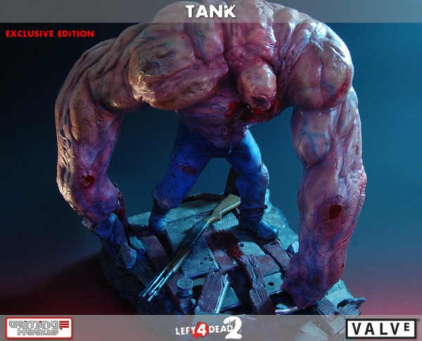 "Left 4 Dead 2 Tank Resin Statue 15"" Exclusive."