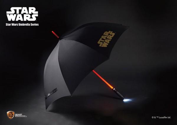 Star Wars Regenschirm mit Leuchtfunktion Lichtschwert 110 cm
