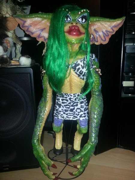Greta - The female Gremlin Gremlins Kleine Monster Stunt-Puppe Replika