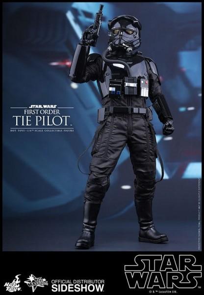 Star Wars Episode VII Movie Masterpiece Actionfigur 1/6 First Order TIE Pilot 30 cm