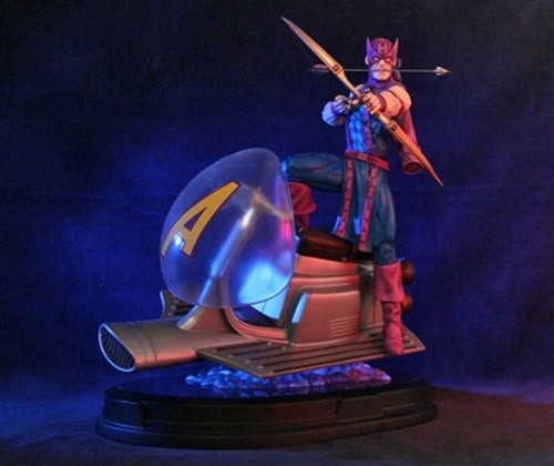 Marvel Statue Hawkeye on Sky-Cycle 30 cm