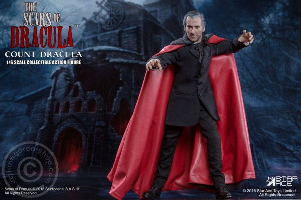 Scars of Dracula Christopher Lee as Count Dracula 1/6